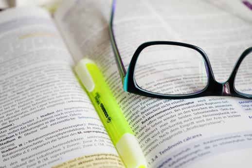 glasses-272399.jpg